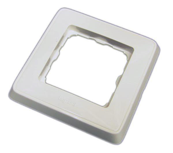DR-01L (773660)        :Рамка одинарная