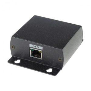 IP04        :Удлинитель PoE по кабелю UTP