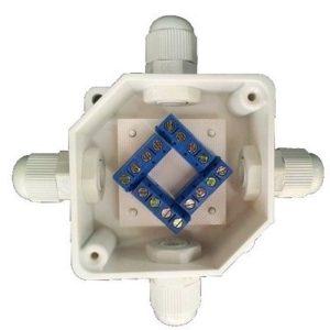 УС-4 (4х4)        :Устройство соединительное